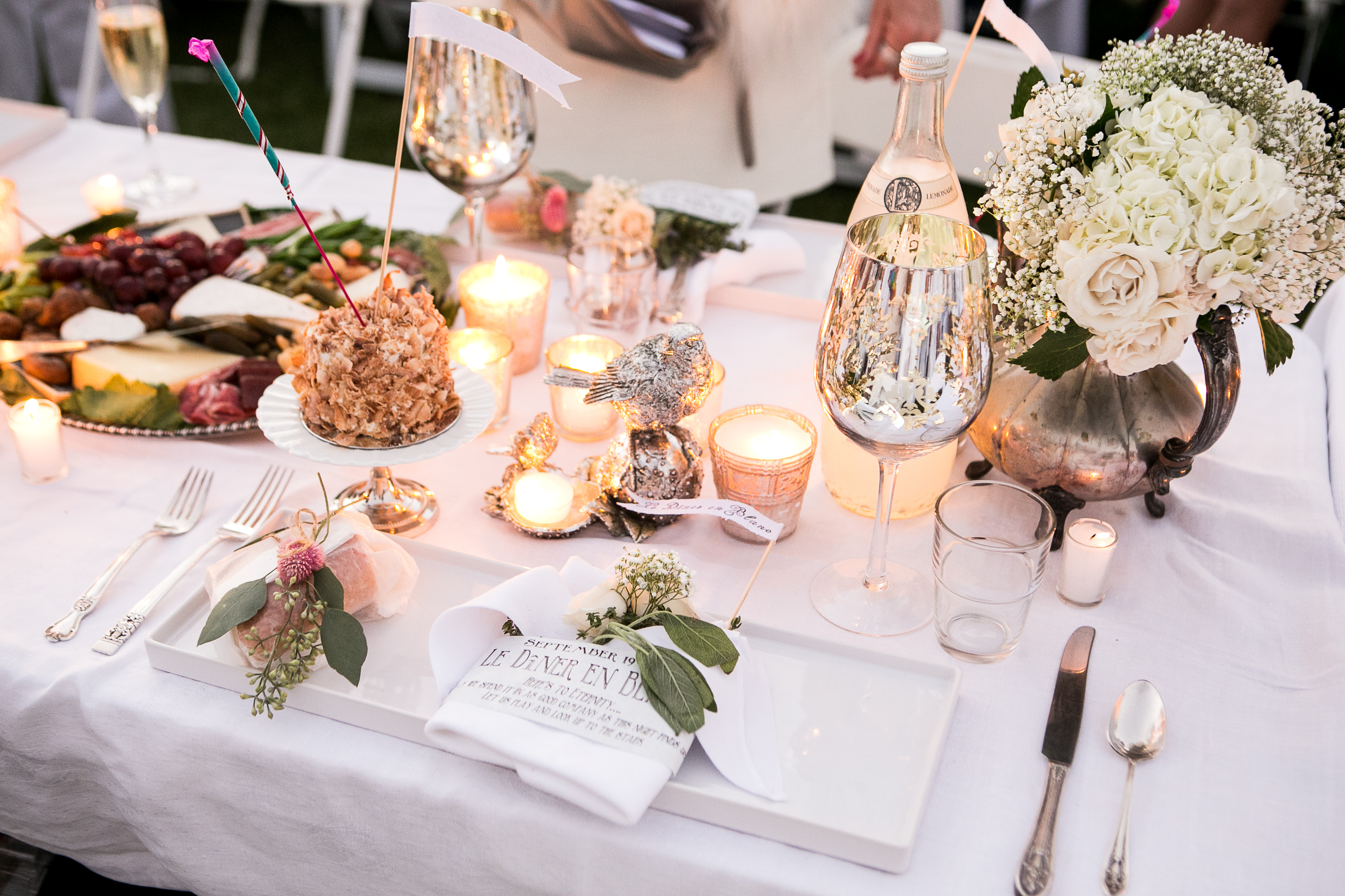 D 238 Ner En Blanc Orlando Best Dressed Table Contest